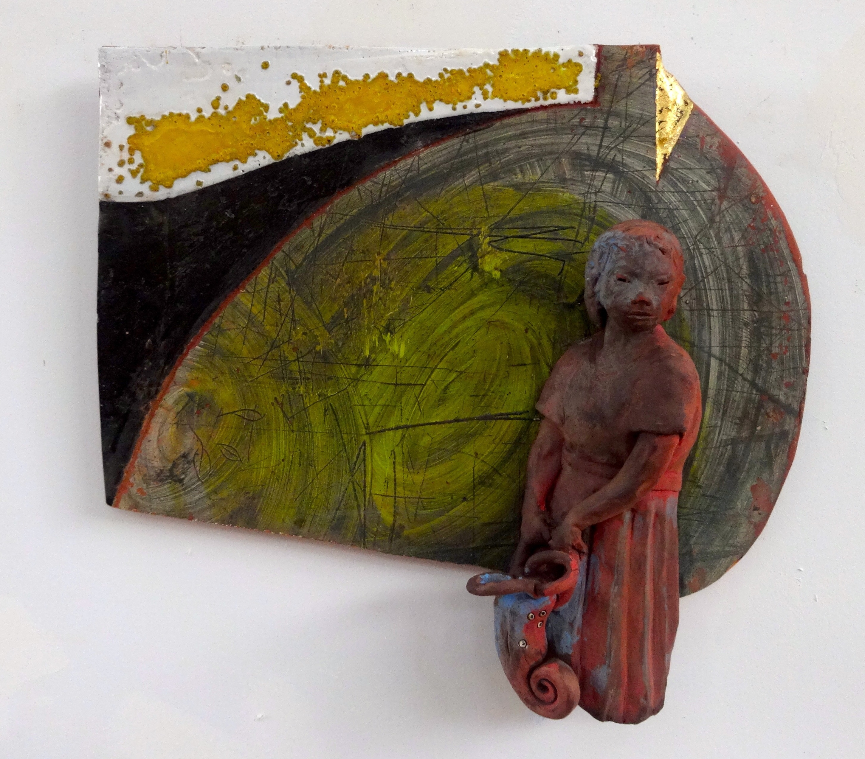 "Arthur Gonzalez - Event Horizon - 2018 – Ceramic and Gold Leaf – 15"" x 16"" x 4"""